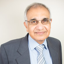 Dr Jitendra Kakad
